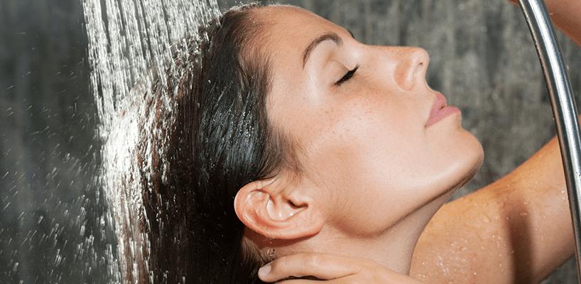 Il ruolo dello shampoo nel lavaggio dei capelli
